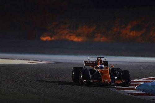 Formel 1 2017 in Sakhir: Fernando Alonso in Q2 mit Motorschaden