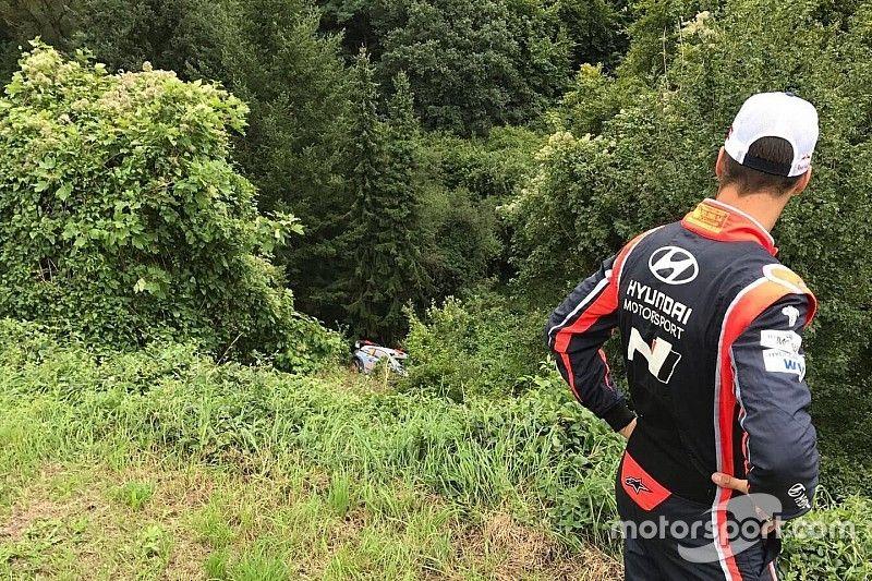 Un accidente acaba con la opciones de Sordo en Alemania