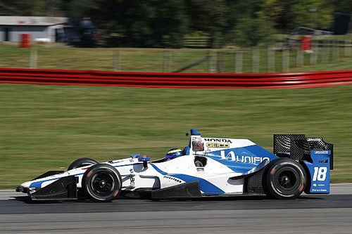 Бурдэ впервые сел за руль машины IndyCar после аварии