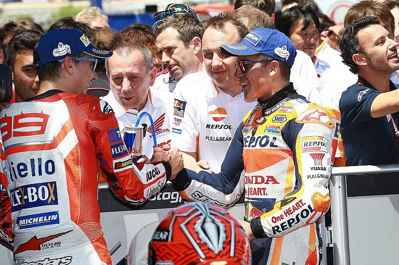 """Marquez scherza su Lorenzo in Honda: """"Avevo chiesto un compagno forte, ma non così tanto"""""""