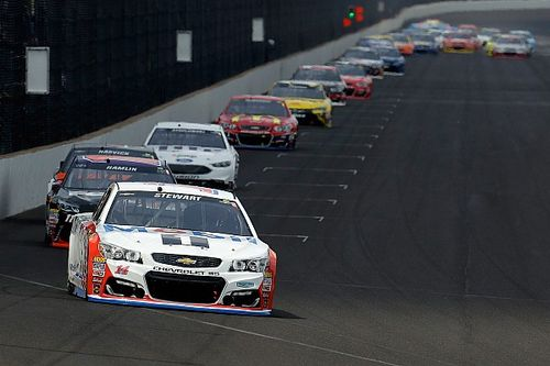 """Stewart enjoys """"the most relaxing Brickyard I've ever had"""""""