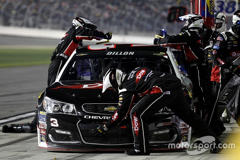 RCR makes pit crew changes ahead of the Chase