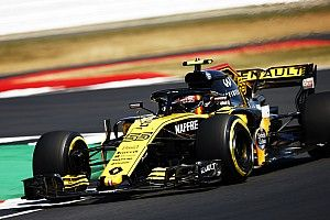 Renault admite pensar em alternativas para caso Sainz saia