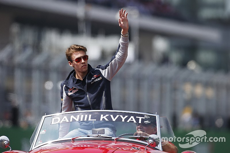 Официально: Квят подписал контракт с Toro Rosso
