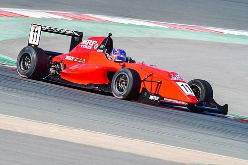 MRF Abu Dhabi: Diwarnai Safety Car, Presley finis keempat di Race 2
