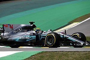 Hamilton celebra su tetracampeonato liderando la FP1 de Brasil