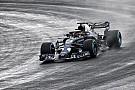 Формула 1 Фотофакт: нова машина Ф1 Red Bull уперше виїхала на трасу