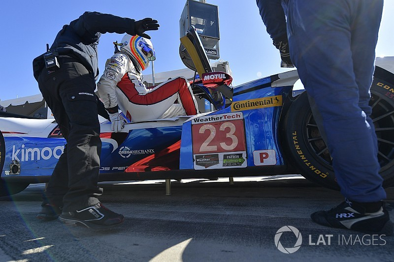 El Ligier de Alonso 11º en Daytona, lejos del ritmo de los Cadillac