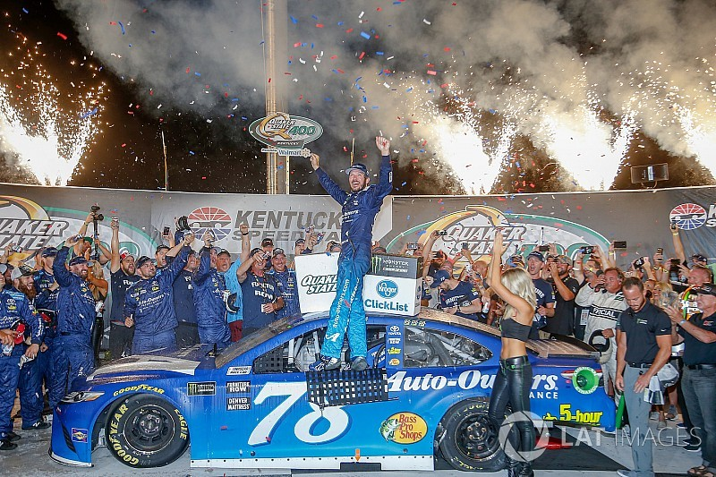 NASCAR Kentucky: Dominanter Sieg für Martin Truex Jr.
