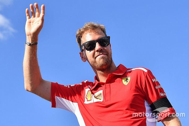 """Vettel en Ferrari ogen sterk: """"Maar het is close met Red Bull en Mercedes"""""""