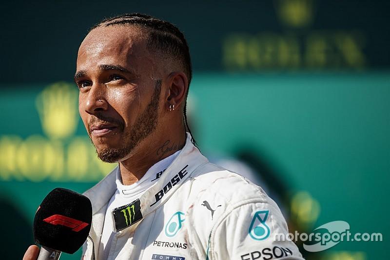 """Hamilton: """"Con l'introduzione del peso minimo per i piloti nel 2019 dovrò essere un atleta differente. Non vedo l'ora"""""""