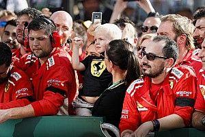 Így köszöntötte fel a fiát Räikkönen