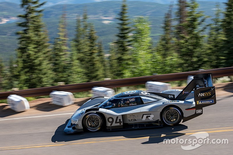 Volkswagen I.D. R Pikes Peak auf Rekordjagd in Goodwood