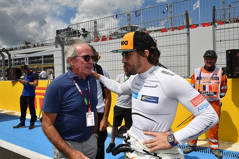 Alonso: Medya, McLaren'ın durumunu abartıyor