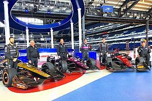 IndyCar Важливі новини У SPM показали лівреї машин сезону IndyCar — 2018