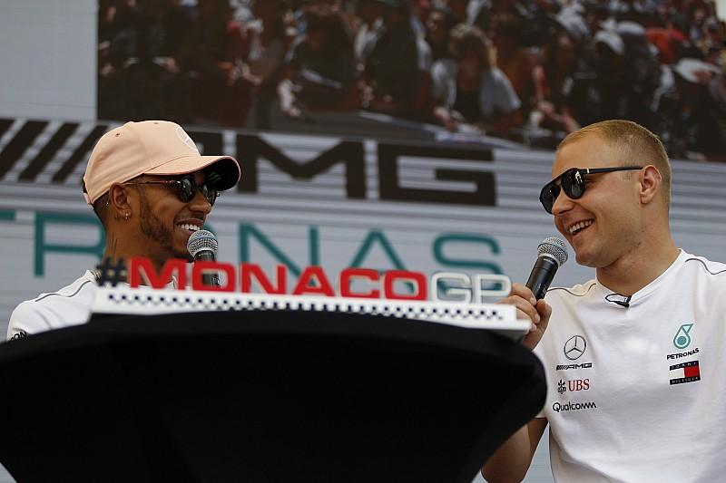 Alonso és Hamilton kibukott Monacóra, Bottas nem