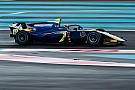 FIA F2 Норрис стал быстрейшим в первый день тестов Ф2