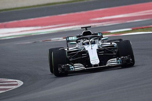 """""""Sacrifício"""" de Hamilton fez Mercedes economizar uma hora"""