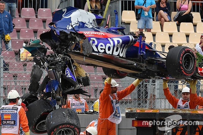 Toro Rosso no pudo salvar el motor de Hartley tras el accidente