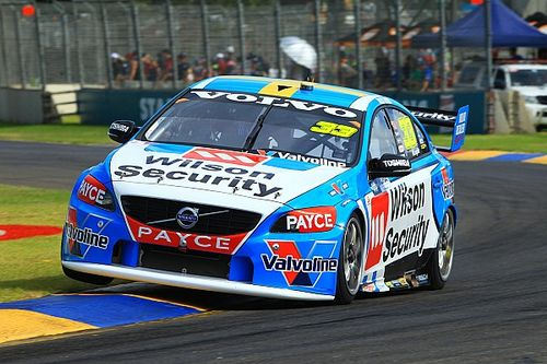 Clipsal 500 V8s: McLaughlin breaks lap record in FP2