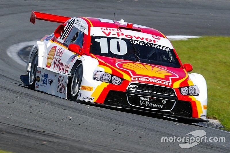 Porsche star Vanthoor to partner Zonta in 'Guest Race'