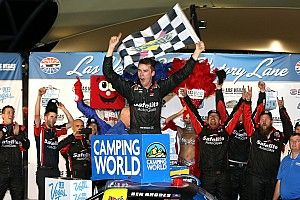 Ben Rhodes claims first Truck win in thrilling finish at Las Vegas