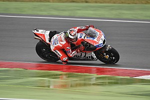 MotoGP Breaking news Lorenzo blames