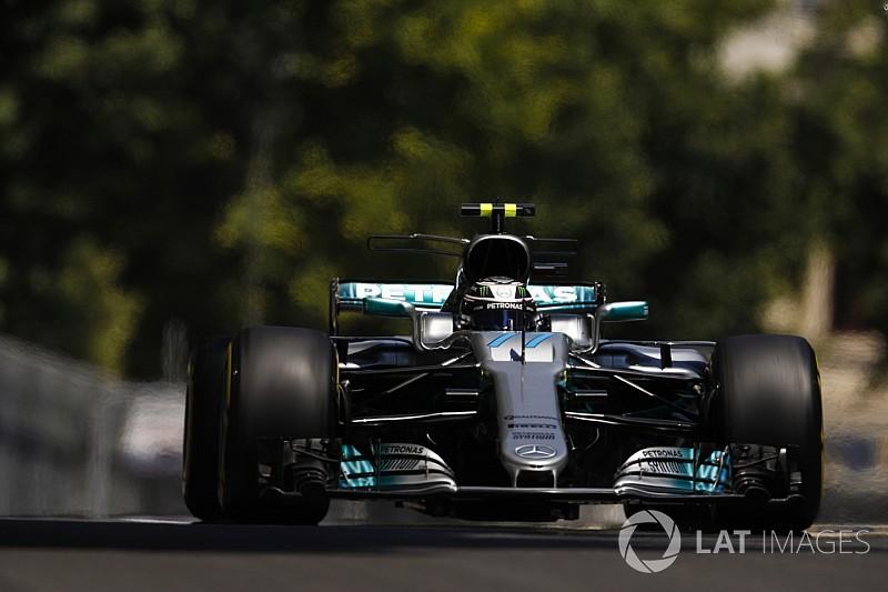 Baku, Libere 3: Bottas detta il passo, perdita d'acqua per Vettel