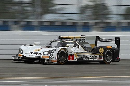 Daytona 24 Hours: Cadillacs dominate first practice