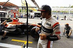 Renault оказалась не готова предлагать Алонсо контракт