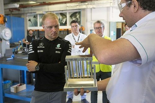 "Bottas festeggiato in Petronas: ""A Baku vinco io! La Ferrari sarà vicina"""