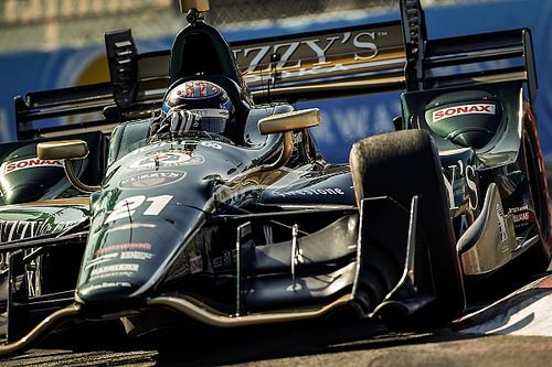 Veach to sub for injured Hildebrand at Barber
