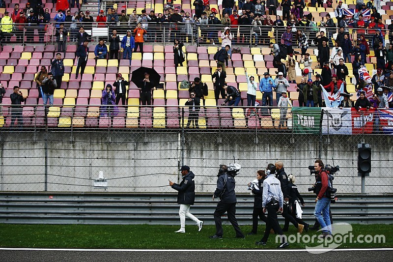 "F1 urged to create ""contingency plan"" after practice cancellation"