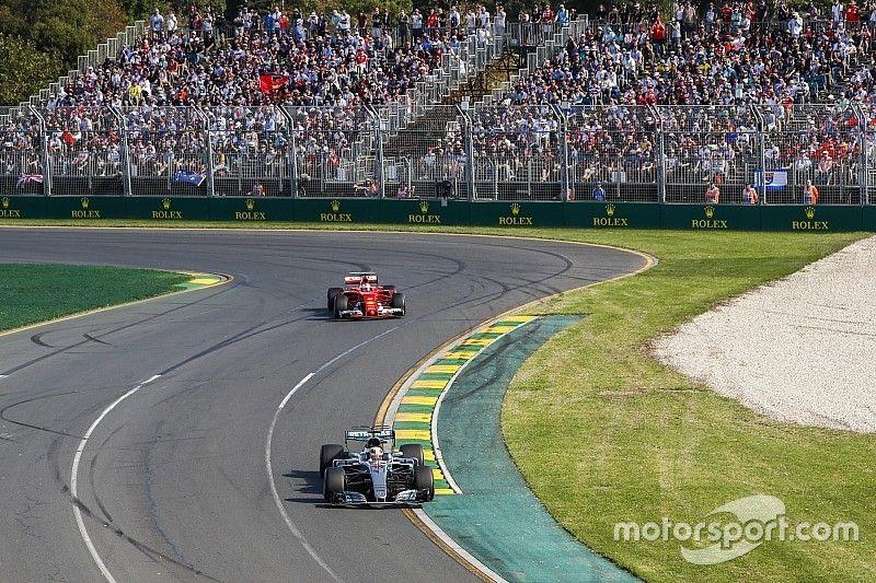"""Vettel: """"Los Mercedes siguen siendo los favoritos"""""""