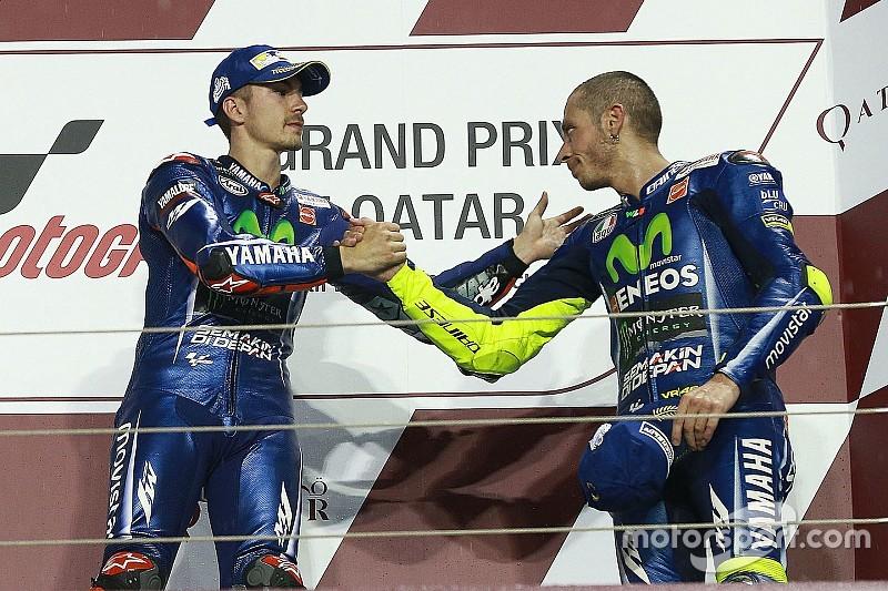 MotoGP: Vinalest sokkolta Rossi felzárkózása a Katari GP-n