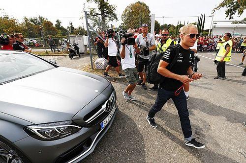 Villeneuve szerint Bottas kevés, és Wolff miatt Hamilton elbukhatja a címet
