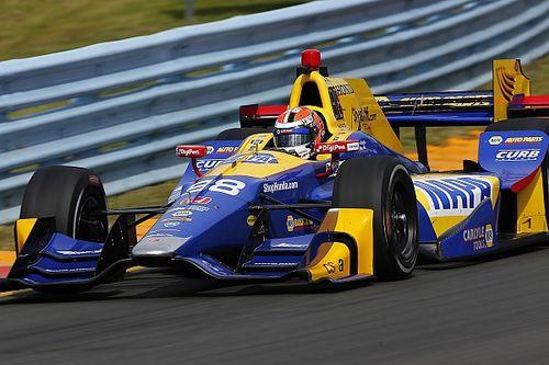Росси завоевал первый поул в карьере в IndyCar
