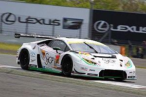 【スーパーGT】87号車4位で今季初ポイント獲得。88号車は脱輪トラブル