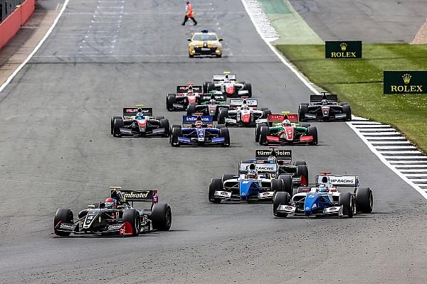 Formula V8 3.5 Actualités 12 voitures en F3.5: la