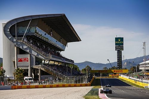 В Барселоне заменили асфальт: первые тесты Ф1 станут непоказательными