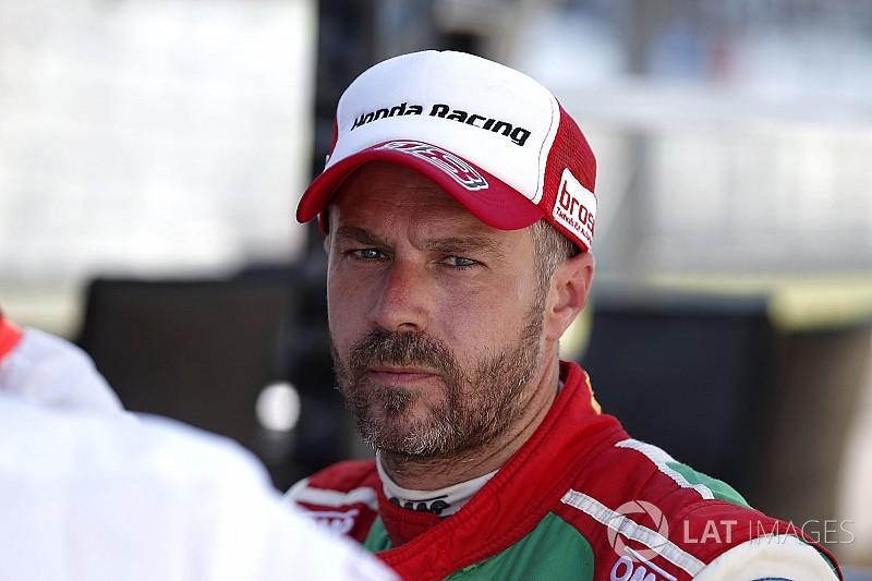 Monteiro hospitalised after Barcelona test crash