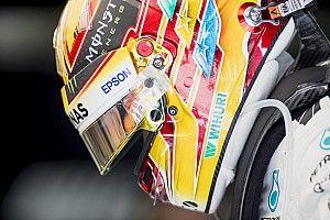 """Hamilton felicita Bottas e diz: """"Ferrari deve se aproximar"""""""