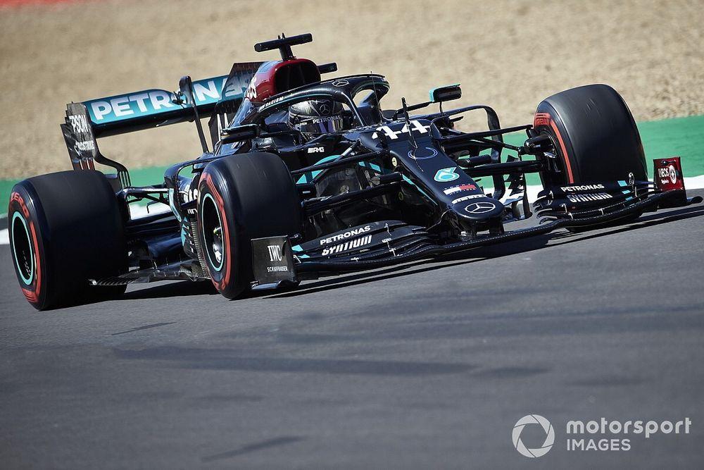 F1, Silverstone, Libere 3: assolo delle Mercedes