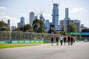 Personal de McLaren en cuarentena regresa a casa esta semana