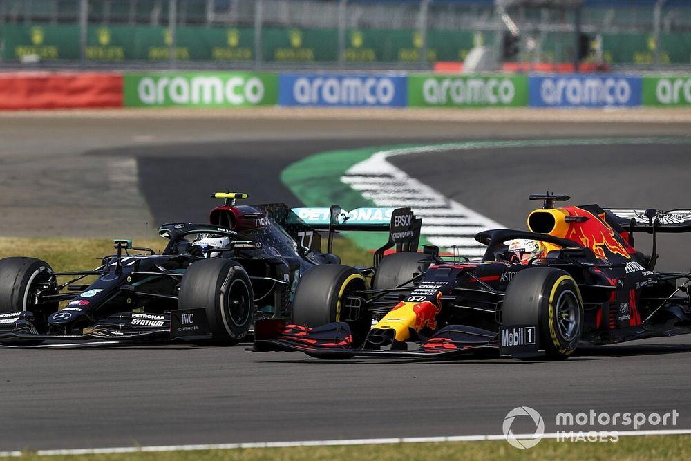 """Mercedes """"sleeping"""" when Verstappen got ahead - Bottas"""