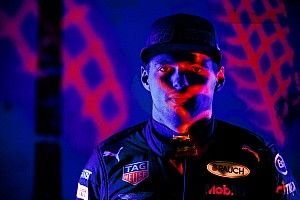 Red Bull: filming day senza Verstappen a Silverstone!