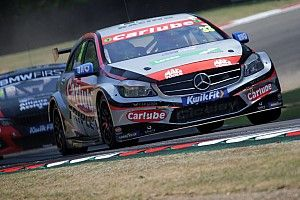 Oulton Park BTCC: Morgan's Mercedes wins red-flagged R3