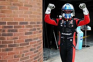 Oulton Park BTCC: Butcher nabs pole from Cook