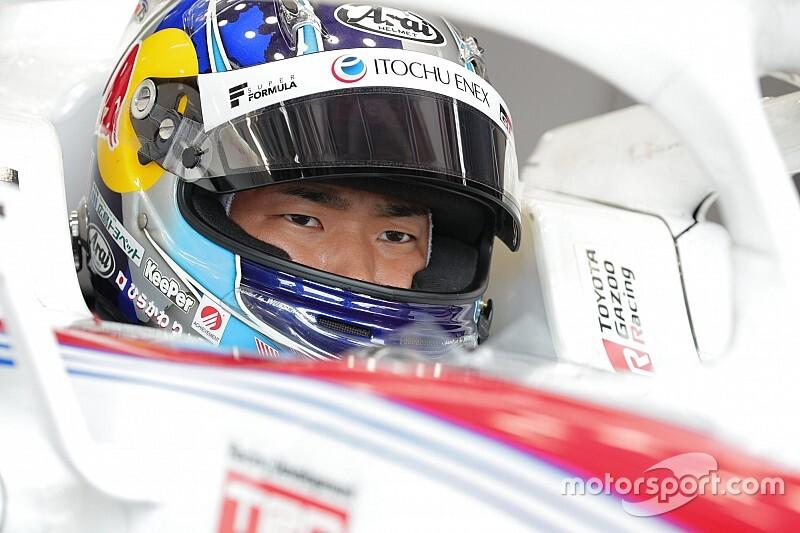 Hirakawa tops first Fuji session, Kobayashi crashes