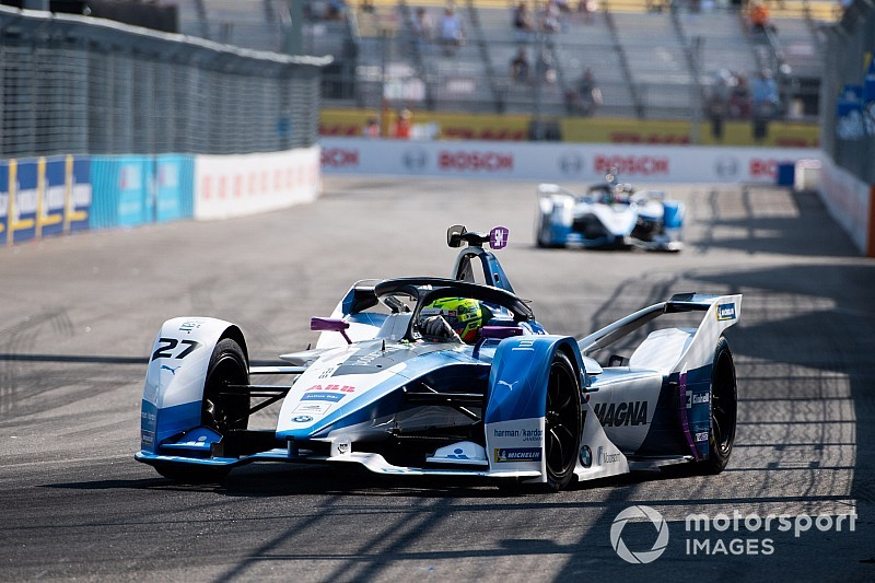 New York E-Prix: Sims scores first pole, Buemi out of title race